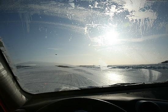 Ice road to Dettah