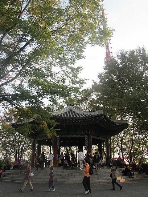 Seoul tower park