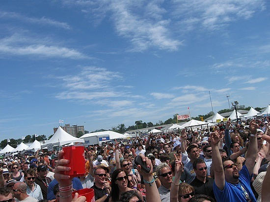The Collective Soul crowd
