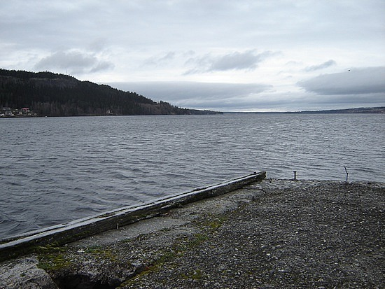 The lake and a pier