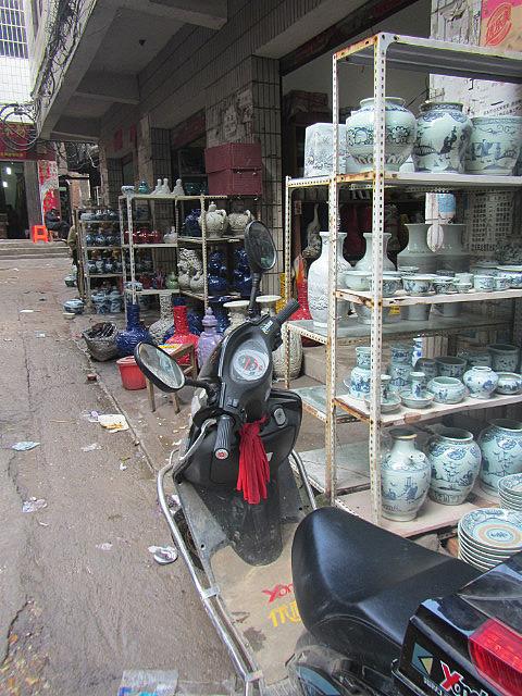 Ceramics market
