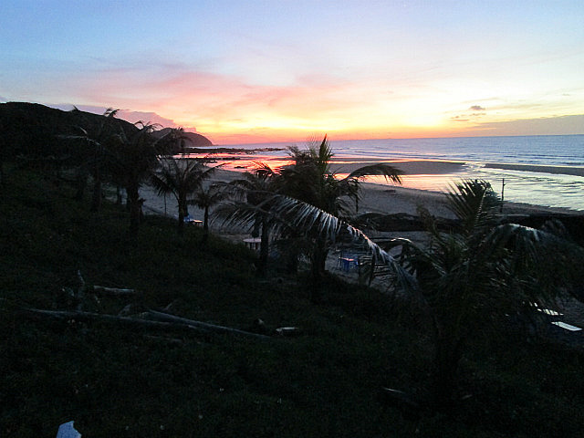 Sunrise on Quan Lan beach
