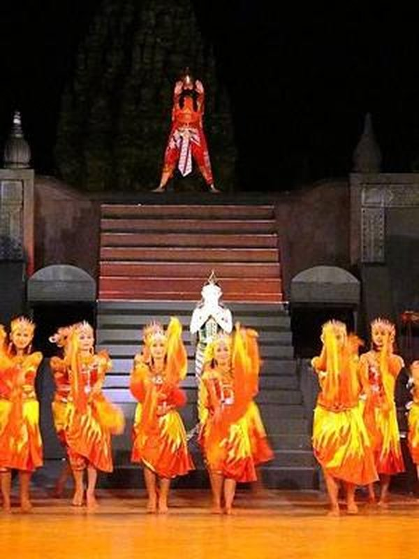 S00688 Ramayana episode 4 - The fire god appears