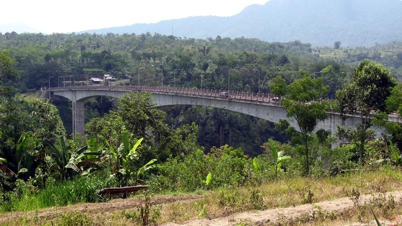 Bali - Tukad Bangkung Bridge