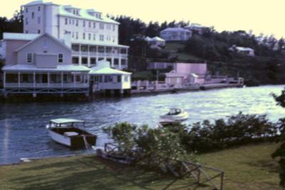Coral Island Club in Flatts