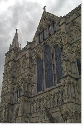 1334701-West_Facade_of_the_Cathedral.jpg