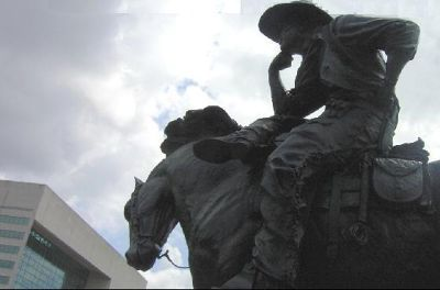 1687208-Cowboy_part_of_the_sculpture_Dallas.jpg