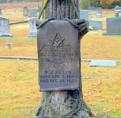 W.O.W (Woodmen of the World) gravestone