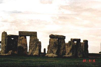 2611451-1416_Stonehenge.jpg