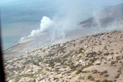 Steam at the edge of the beach - Montserrat