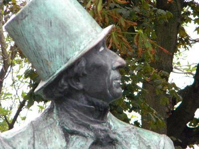 Hans Christian Anderson statue