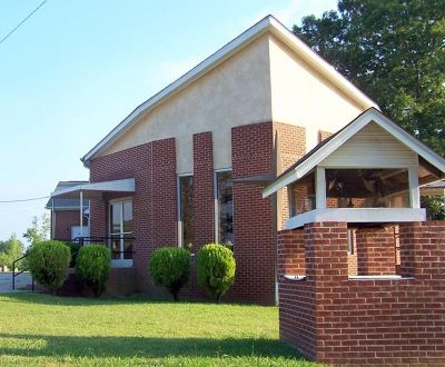 4169294-Ruin_Creek_Church_Henderson.jpg