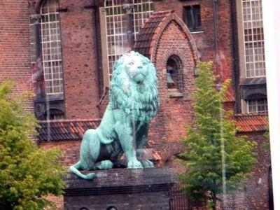 4538054-The_Lion_of_Soeren_Kierkegaards_Plads.jpg