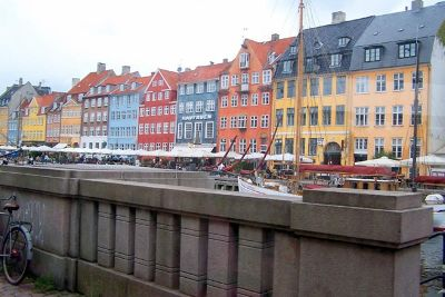 4538180-Nyhavn_from_the_bus_Copenhagen.jpg