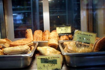 6330670-meat_pies_Sydney.jpg