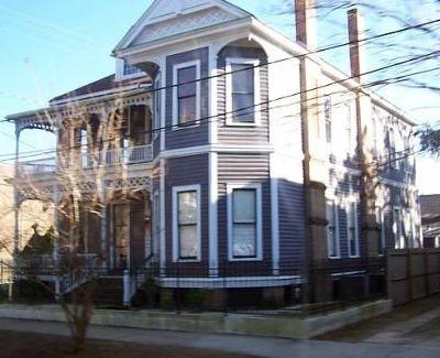 6962528-Historic_Buildings_Mobile.jpg