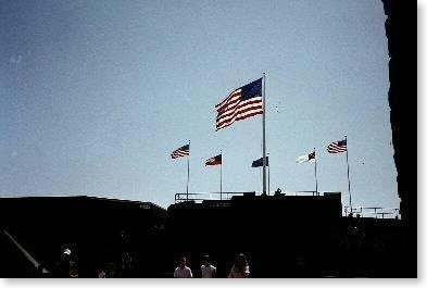 Flags_flying_over_the_fort-Fort_Sumter_National_Monument