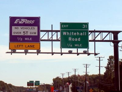 7203260-More_signs_Annapolis.jpg