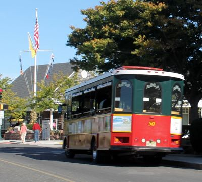 Trolley-bus observed