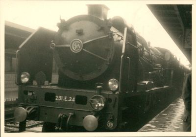 Train engine in 1950