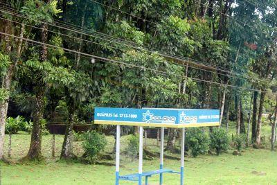 Bus stop - Guápiles