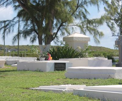 Graves in St. Thomas Anglican cemetery - Grand Turk
