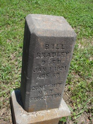 Graves in Faithe Thomas