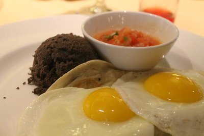 Huevro Rancheros - Breakfast Nov 5.  Not as good as the ones on Carnival