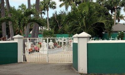 Cemetery Gate Cimetière Lorient Haut
