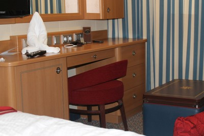 Desk with squid towel