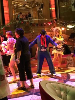 Elvis dancing