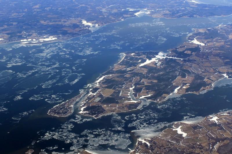 Icy water around Cobb Island