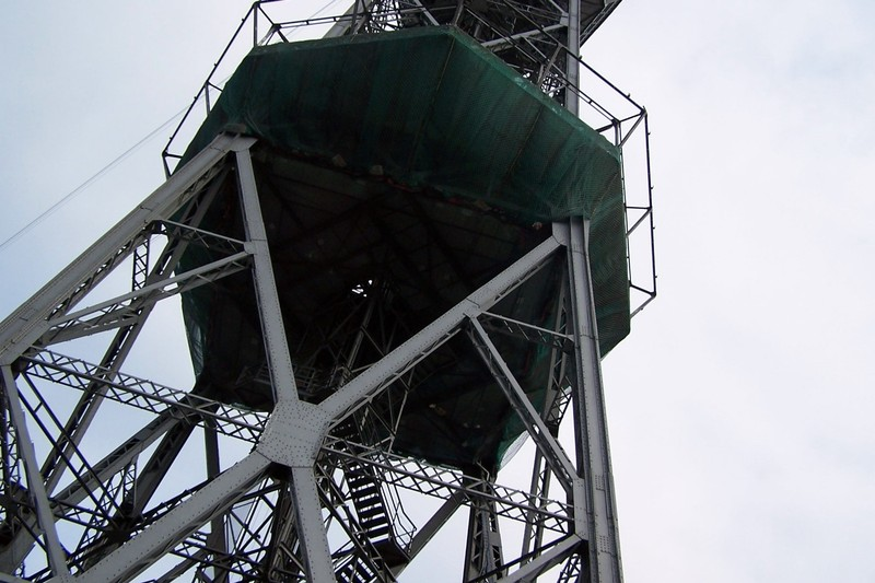 Funicular tower