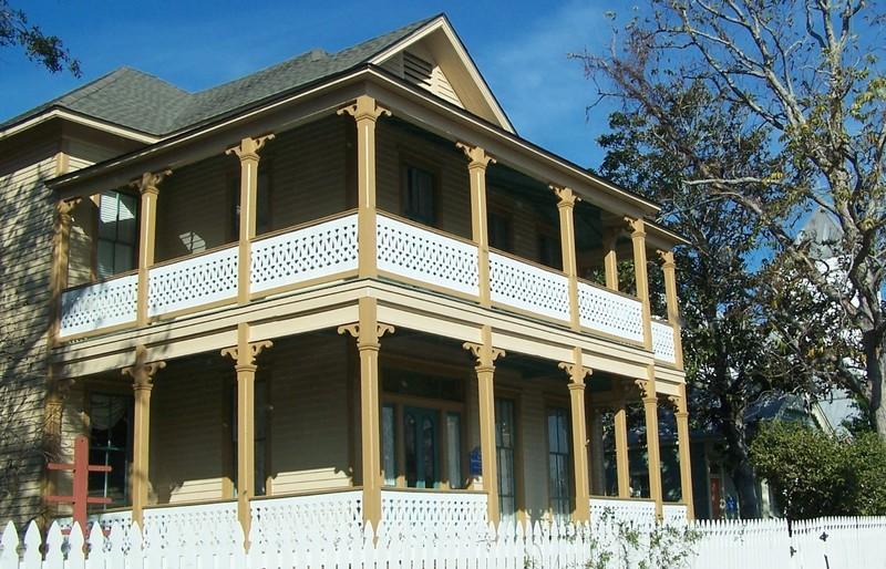Lear/Rocheblave House