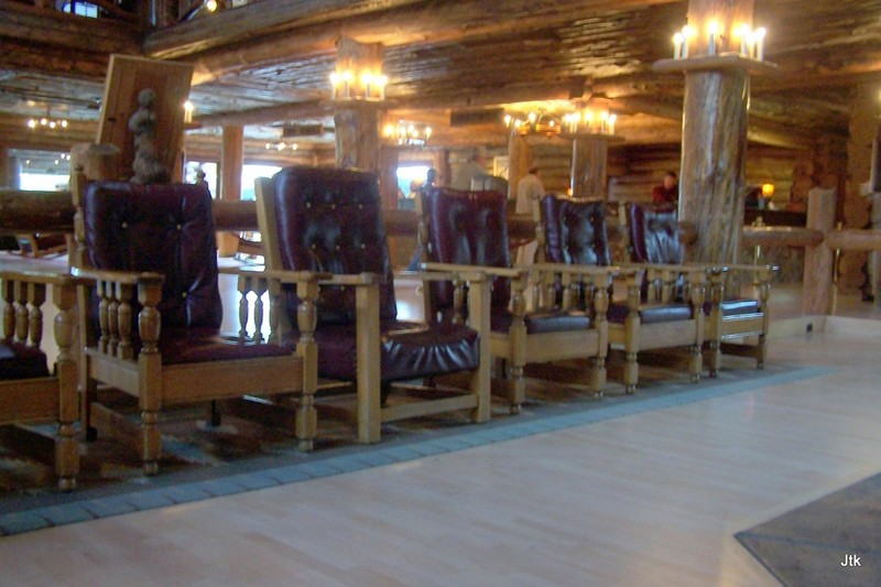 Lobby Old Faithful Inn