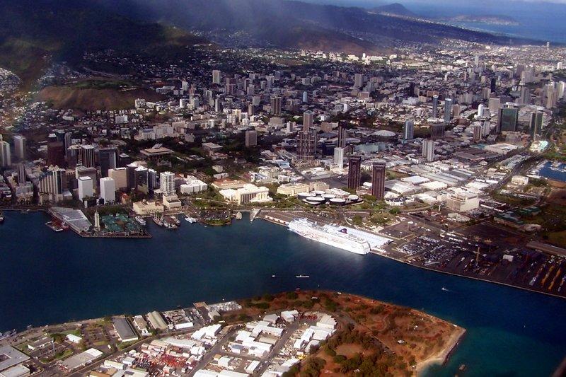 Pride of America at the dock in Honolulu