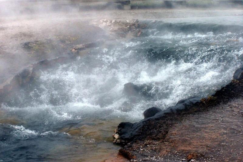 Hot cascades