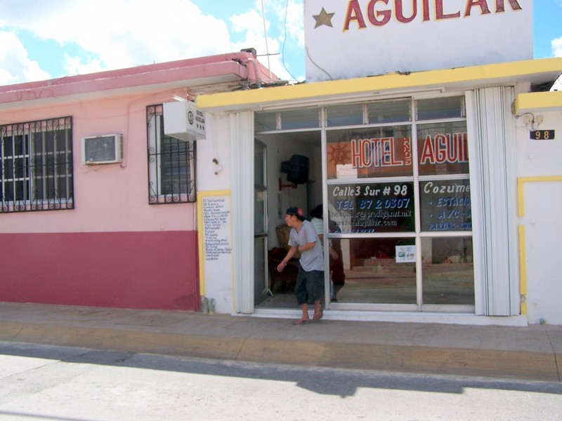 Hotel Aguilar office