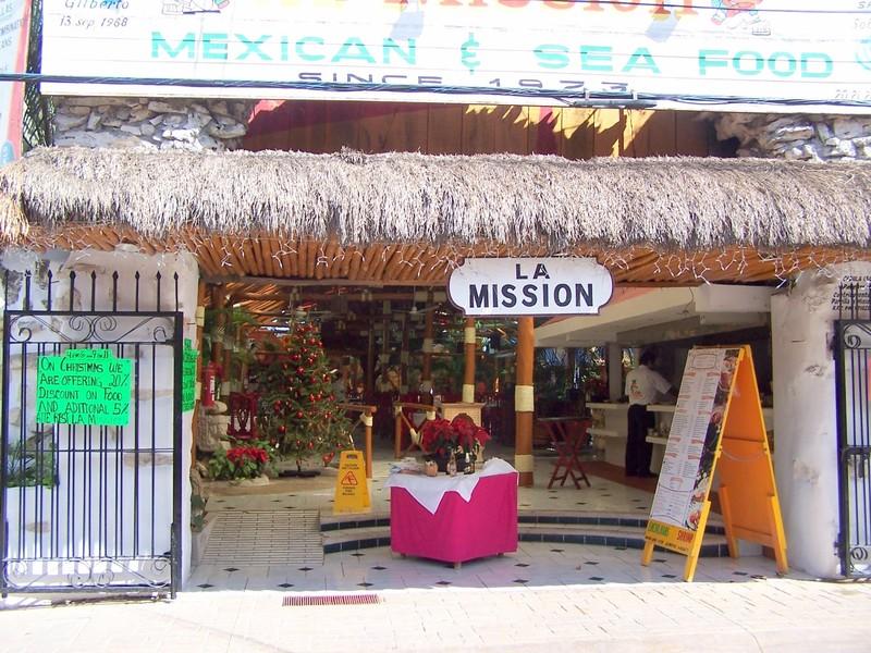 La Mission (Old Mission) entrance