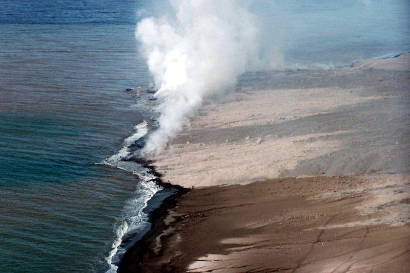 Ocean water turning to steam - Montserrat