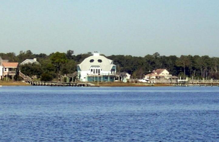 Salt dome house