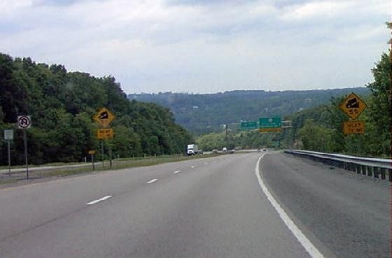 Warning signs (5% gade) on I-68 in WV