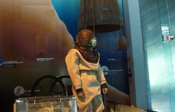 BUEI old time diver's suit