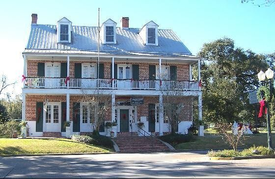 Old Castillo Bed & Breakfast