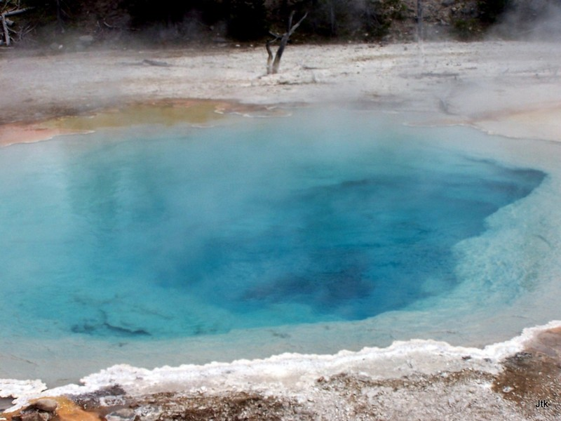 Blue thermal pool