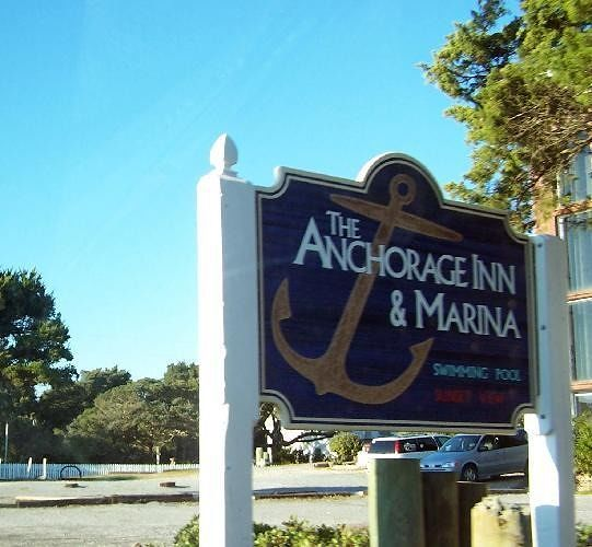 Anchorage Inn Sign