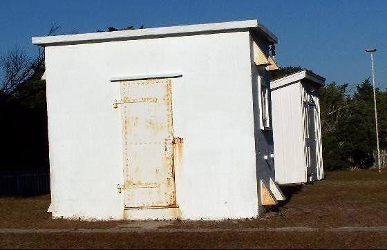Oil/Generator building