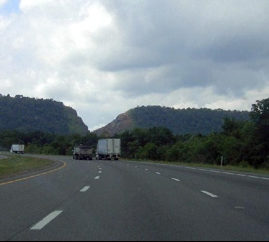 I-68 climbing up to Sideling Hill