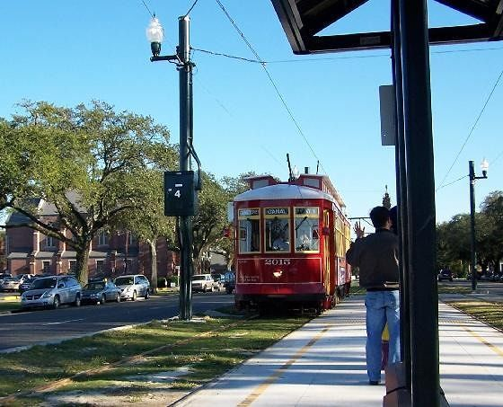 Canal Street streetcar - route 42 cemeteries