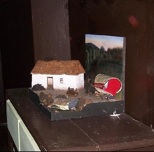 Model of a hedgerow school